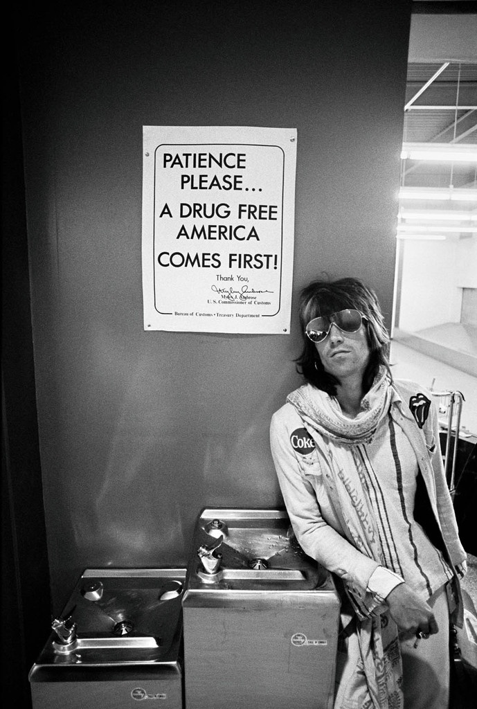 Charlie Watts drummer for the Rolling Stones - Patience Please..., 1972 ©Ethan Russell - courtesy galerie de l'Instant, Paris