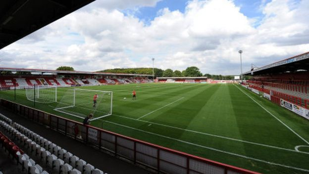 Grimsby Town fans asked 'to show bras' to Stevenage security
