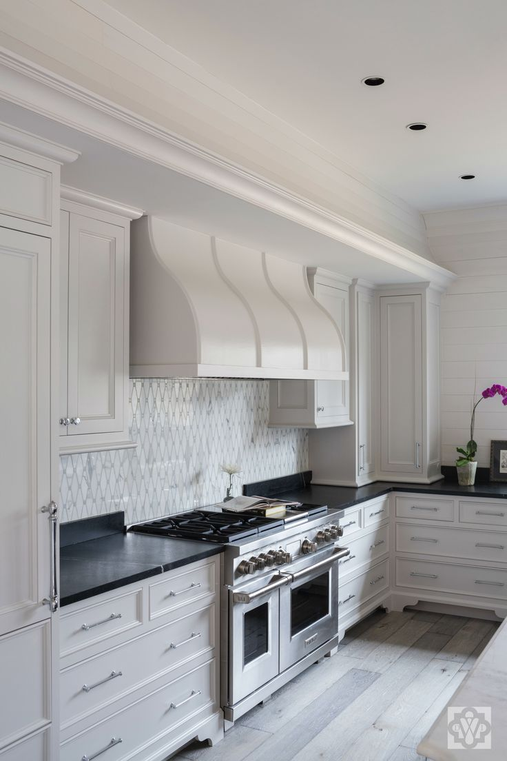 Black Kitchen Whitemarble Island