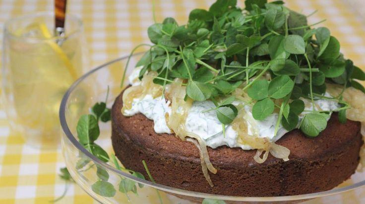 Kruidencake met yoghurt en daslooksausje | VTM Koken