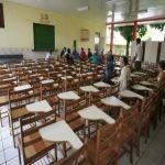 Marceneiros do Alto Acre apresentam ao governo produção de mobiliário escolar