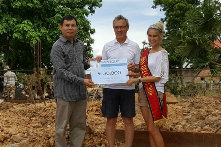 Lenty Frans Miss Belgium 2016 visited Cambodia for an educational project
