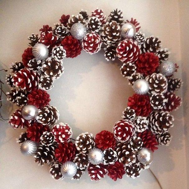Décorations de Noël en pommes de pin, couronne Noël en pommes de pins, boules…