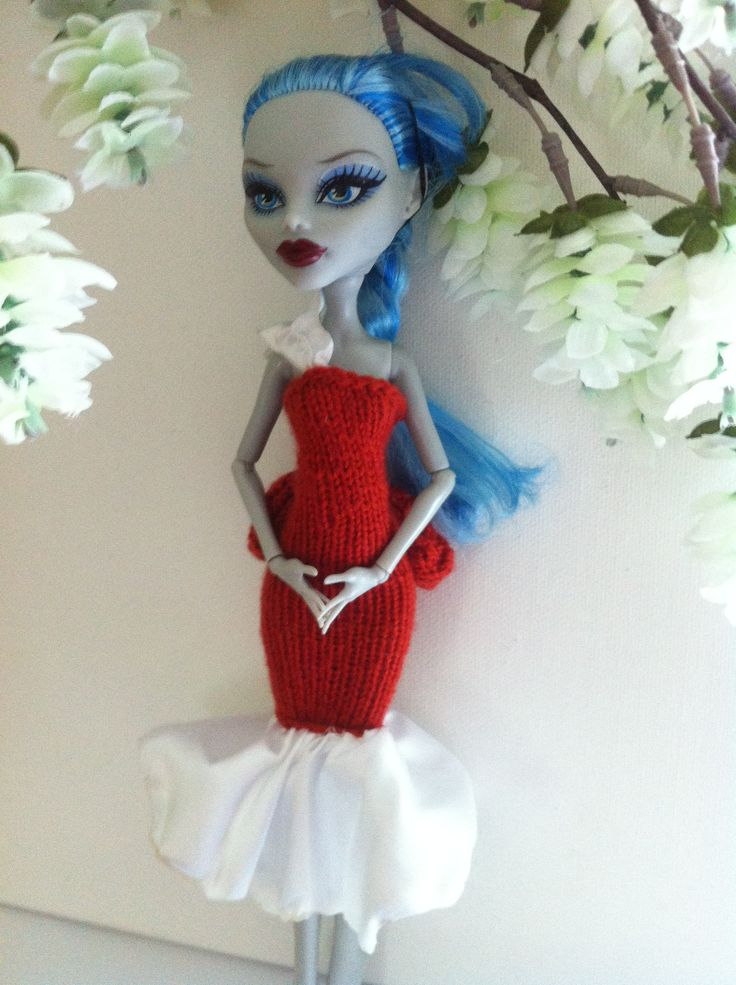 Hand Made Doll Dress - Fits Monster High Dolls. You can find my dresses on etsy.com store name: bffknits