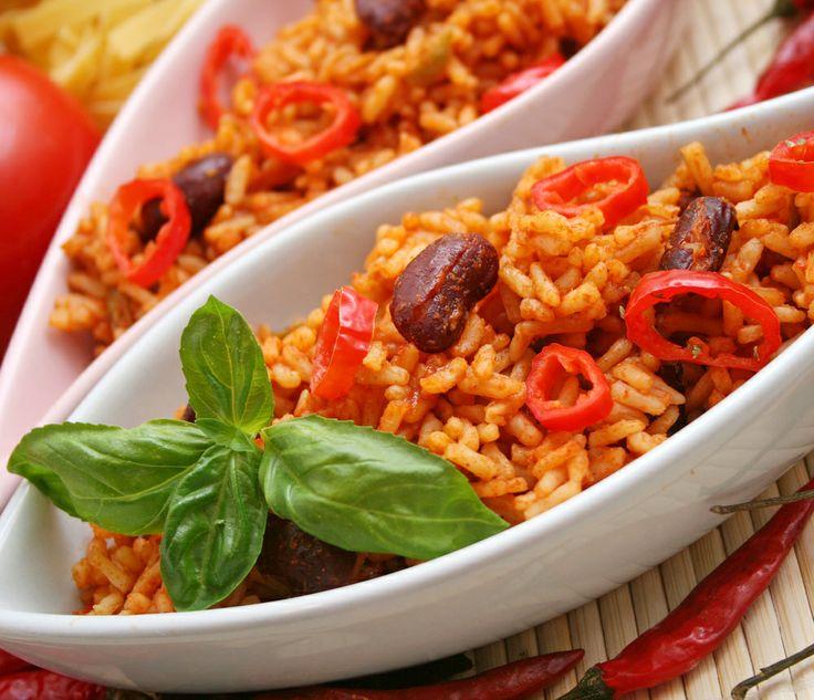 En los estados costeros de #Veracruz y #Tamaulipas, es posible deleitarse con un auténtico #arroz a lo mexicano ¿A quién se le antoja? http://www.bestday.com.mx/Veracruz-State/Restaurantes/