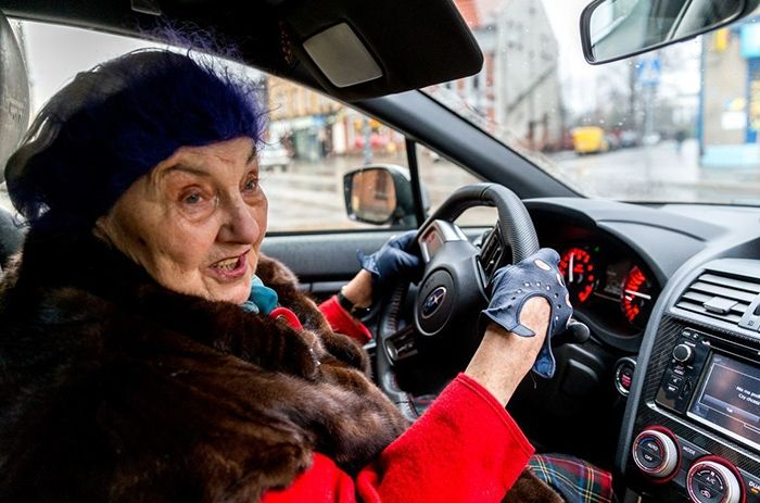 Пенсионерка из Польши купила себе новый Subaru WRX STI