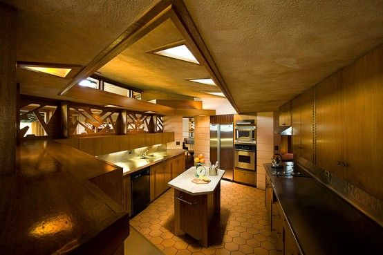 Farm House with Japanese Garden by Frank Lloyd Wright | DigsDigs