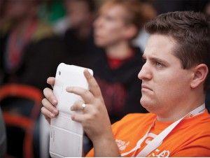 """Евгени Йорданов – SEO специалист, поддържащ професионален блог по тематиката, съосновател на SocialEvo и най-добрата Фейсбук група на 2012 година – """"Маркетинг и Уебмастърство"""".  Четете още на: http://spisanievip.com/wp/?p=22313"""