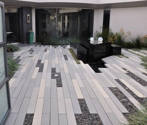 30 Unique Garden Design Ideas: Improving Curb Appeal With Landscape Pavers -