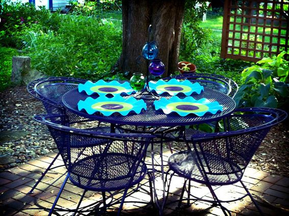 Reader re do a colorful patio furniture makeover for Outdoor furniture paint colors