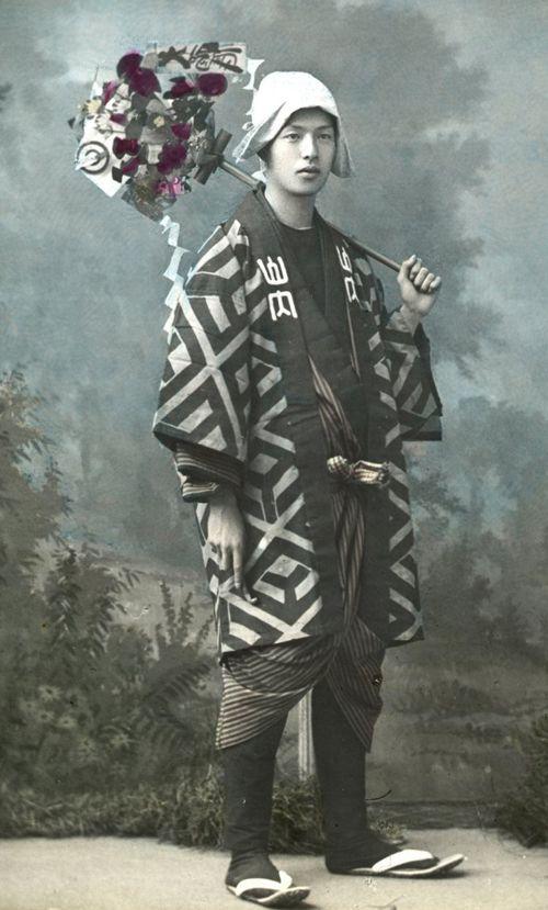 亀戸天神の藤棚 -- 【タイムスリップ】幕末から明治へ「1800年代末の日本」の臨場感あふれる写真たち