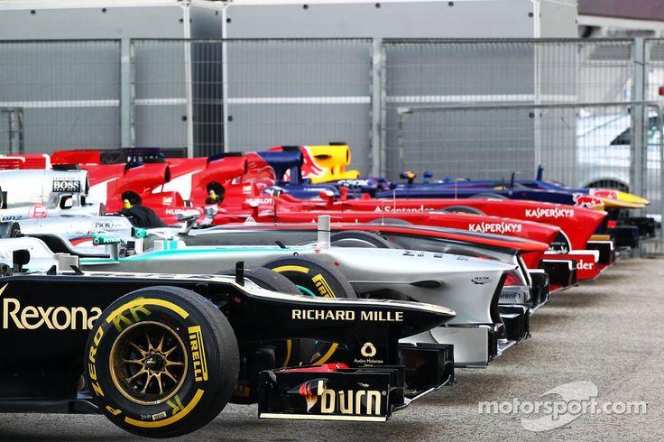 17 best images about formula 1 cars on pinterest grand prix formula one and formula 1 car. Black Bedroom Furniture Sets. Home Design Ideas