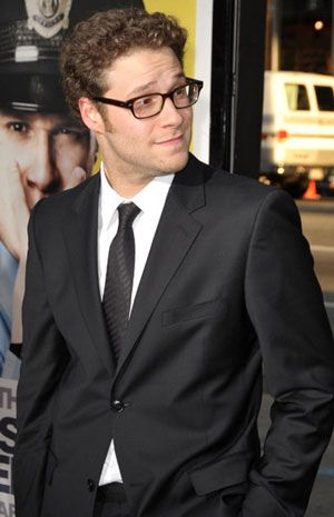 Stop what you're doing for just one hot second and look at how foxy Seth Rogan is trying to be. And succeeding.