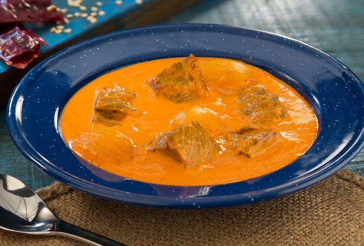 Para la hora de comer prepara un delicioso chambarete en Salsa Guajillo Philadelphia con un toque Philadelphia ¡Disfrútalo con nuestra receta de comida!