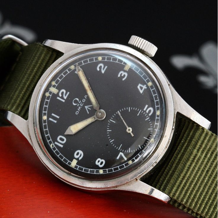 Untouched 1944 OMEGA Broad Arrow MOD WWW Military Vintage Watch WW2 Cal. 30T2