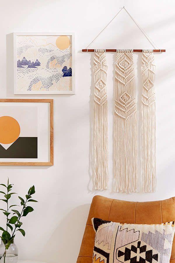 Macram fringe wall hanging for a beachy