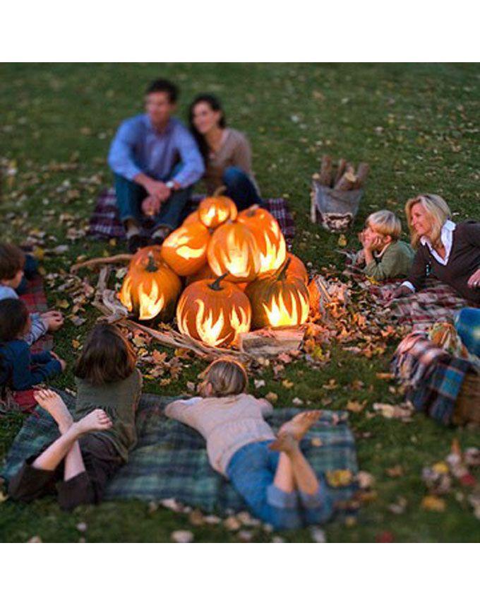 What a cute idea for a family photo shoot!  DIY Pumpkin fireplace: http://blog.homesav.com/index.php/2012/10/pumpkin-patch-faux-fireplace-tutorial/#more-246