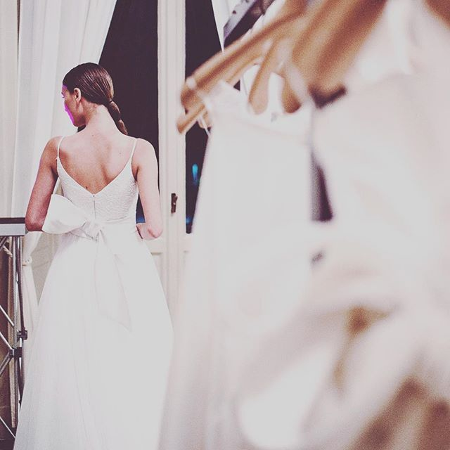 The magic in a stolen moment in Giuseppe Papini 2017 fashion show backstage