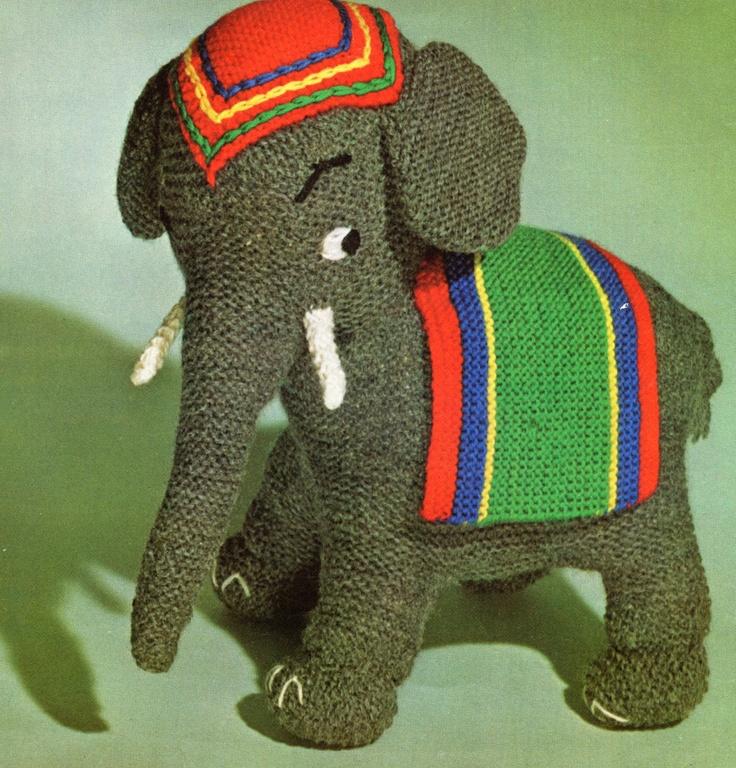 Knit Amigurumi Elephant : 17 Best images about payasos on Pinterest Haken, Free ...