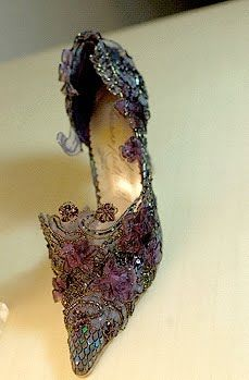 Llorraine Neithardt Shoe Design..  Oh my !!! I soooo want these <3: Fashion Shoes, Neithardt Shoes, Shoes Fit, Shoes Design, Shoe Designs, Lace Shoes, Fairies Shoes, Fairy Shoes, Llorrain Neithardt