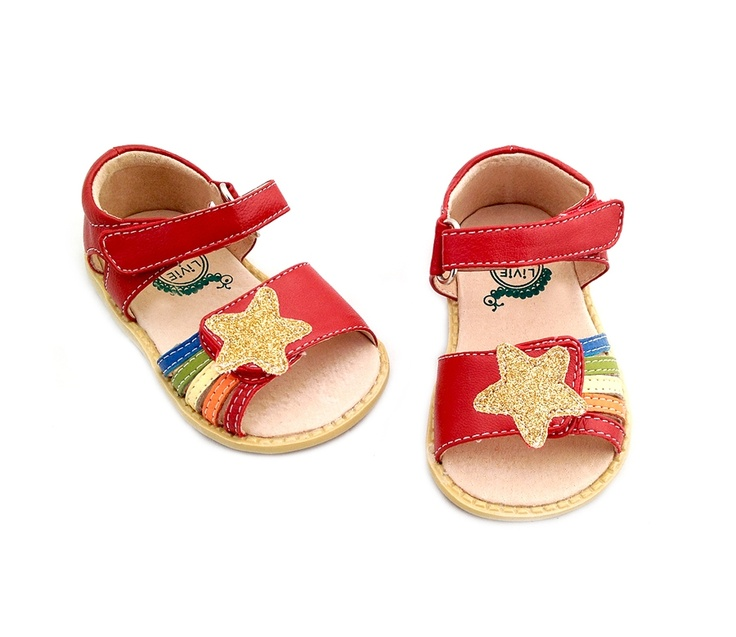 Whyyyyyyyy don't I have a daughter just for these shoes?! Haha