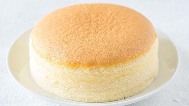 Es spricht sich herum – und so langsam ist die ganze Welt süchtig nach Japanischem Käsekuchen. Kein Wunder, so einfach und lecker wie der ist!