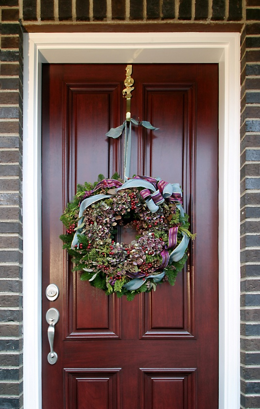 Highlight your exterior door features with a coordinating holiday wreath. (product Custom Wood & 11 best Entry Doors images on Pinterest | Entrance doors Exterior ...