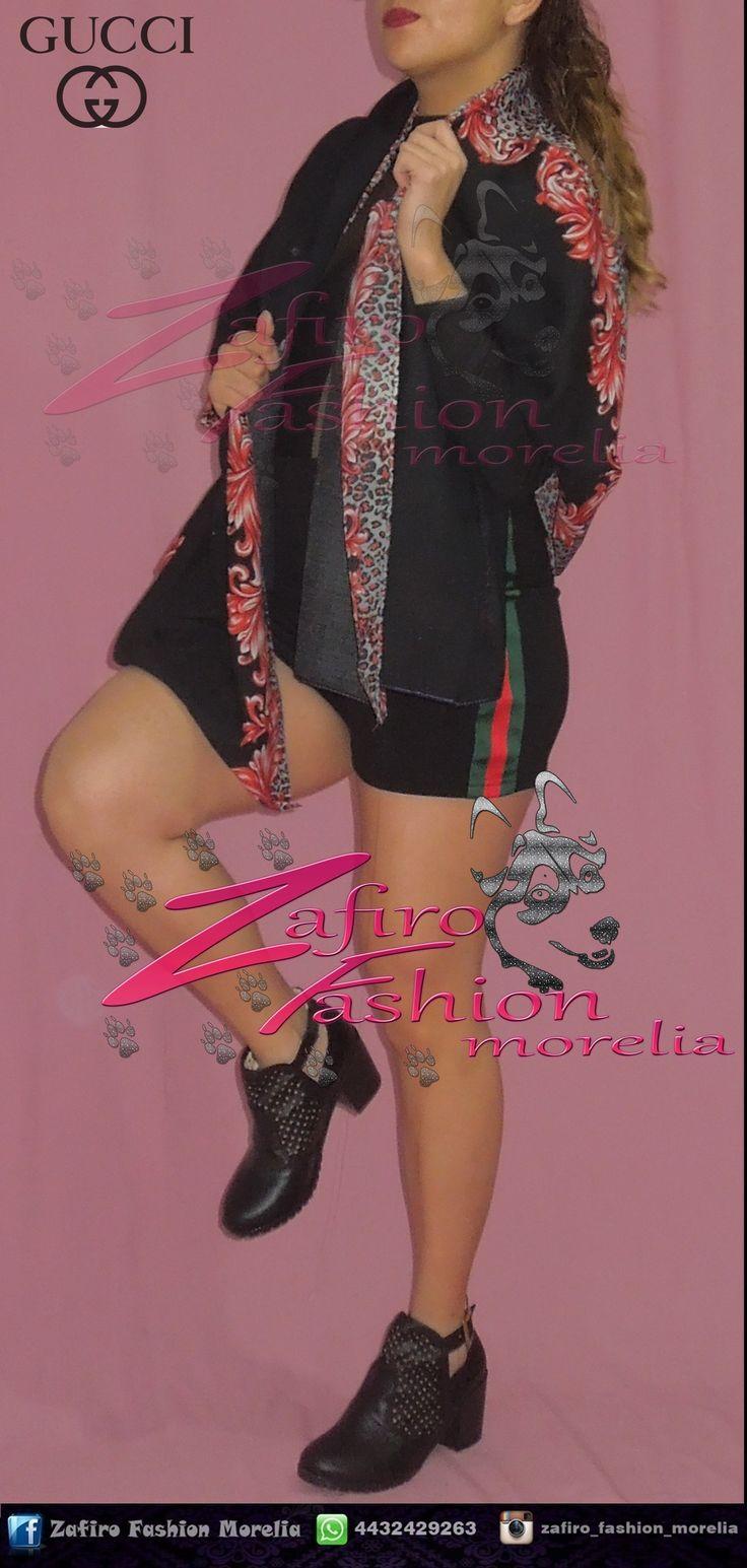 Pashmina negro con rojo, Short gucci Color: negro y Botin tacon negro  encuentra este outfit y mas en  ♥ facebook www.facebook.com/Zaf.girl/ ♥ Instagram en @zafiro_fashion_morelia ♥ Modelo instagram @stephy_viveros ♥ whats: 4432429263  #zafirofashionmorelia #ilovezafiro #Pashmina #FloresRojas  #Negro #Short #Gucci #Botin #Photography #Autoretrato #Nikon #ModaDeMujer #Femenina #morelia #uruapense #moda #Bonita #Sexy #Coqueta #Black
