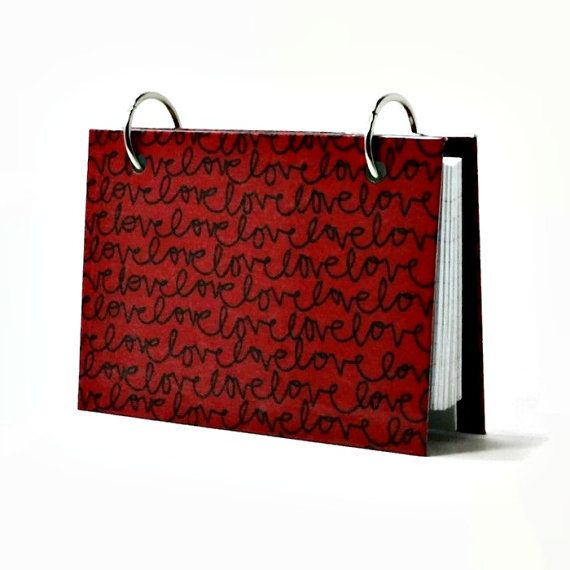 Valentines day gift 3 x 5 index card binder in red and black with love by ArtBySunfire