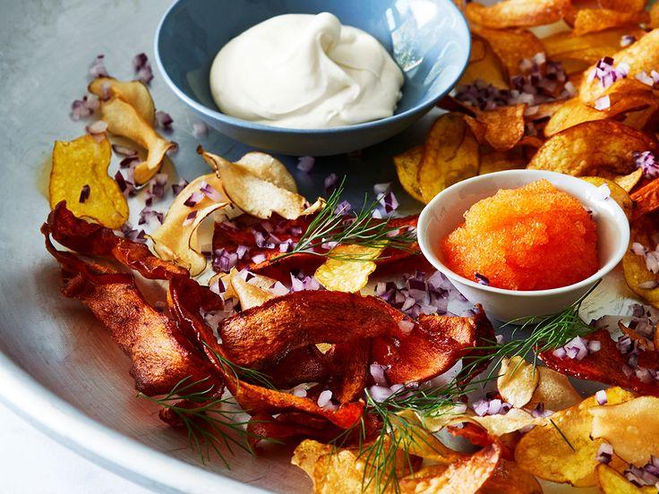 Visste du hur fint löjrom funkar med rotfruktschips? Njut!