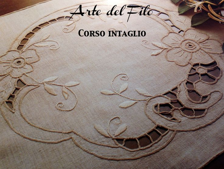 Disegno carta per centro, ricamo a intaglio - Manidifata.it - Google Search - Google Search - Google Search