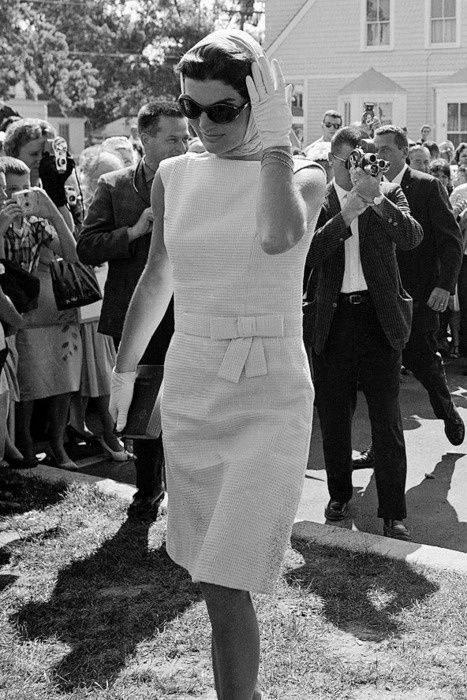 This is one of my favorite looks from Jackie Kennedy.  It is so simple and chic but still represent the era.