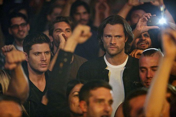 Promo Photos for Supernatural's December 1 episode, 'Rock Never Dies'