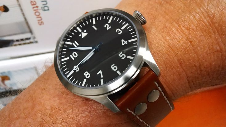 http://forums.watchuseek.com/f71/lets-see-those-invicta-8926-mods-895244-36.html