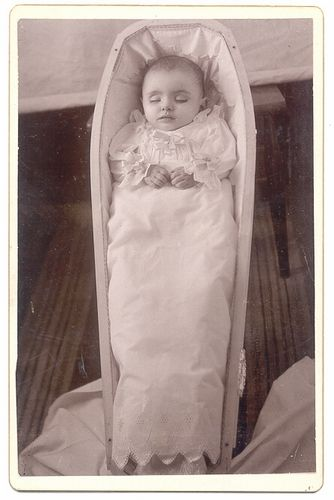 post mortem photography gallery.  She is so beautiful...