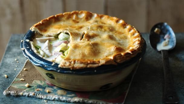 Creamy chicken, ham and leek pie |      Unleash this crowning glory upon your guests – a delicious chicken and ham pie, bubbling with homemade goodness.Equipment and preparation: You'll need a 23cm/9in round pie dish.