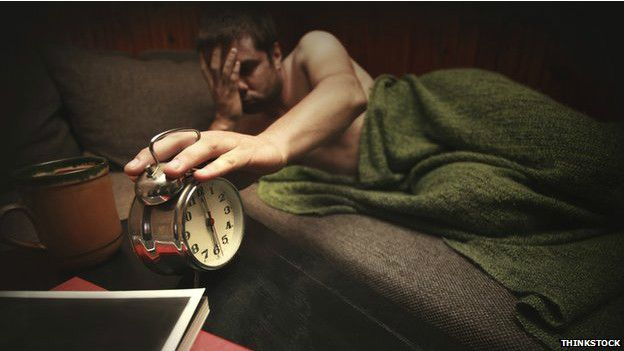 Con frecuencia creemos que dormir es un lujo. Pero como comprobó este periodista de la BBC, un pequeño cambio en el patrón de sueño puede tener un efecto significativo sobre nuestra salud.