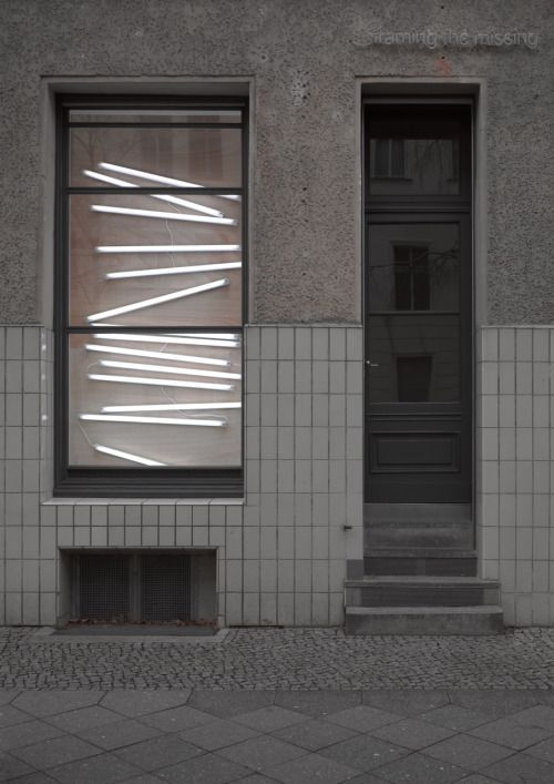 Neon lighting behind glazing Exhibition at Sassa Trulzsch