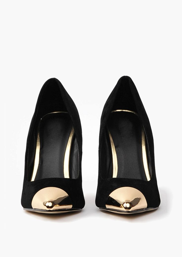 Gold tipped black heels //