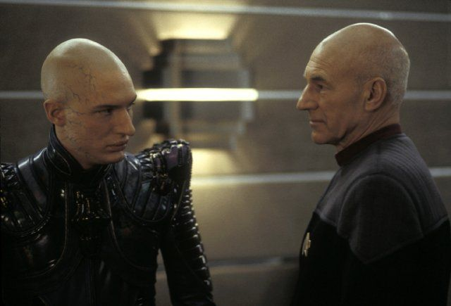 Patrick Stewart and Tom Hardy in Star Trek: Nemesis