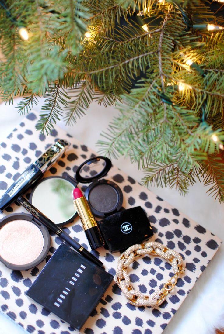 Christmastime Makeup Chanel eyeshadow, Lipstick eyeliner
