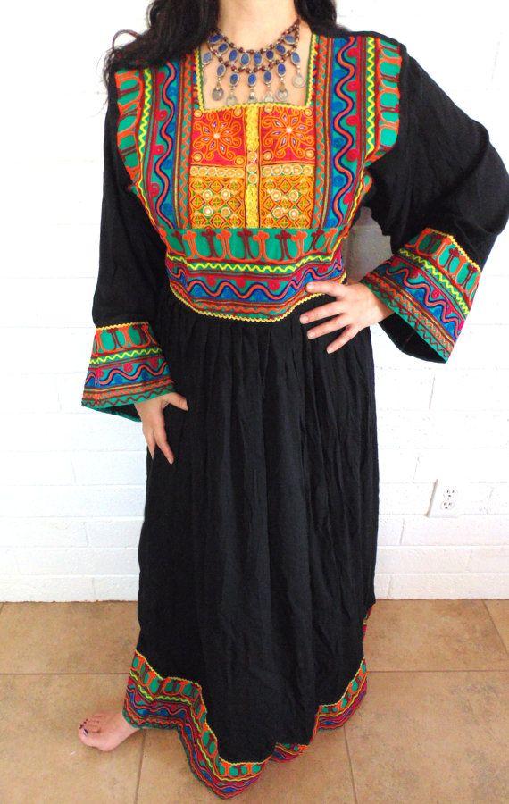 T7120 incroyable Kuchi Tribal Kurta robe par 7SISTERStradingco