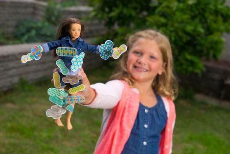 Bizar: deze barbie wordt ongesteld|Kinderen| Telegraaf.nl: