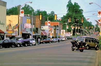 The town of humboldt in gibson county hosts the annual for Small towns in tennessee near memphis