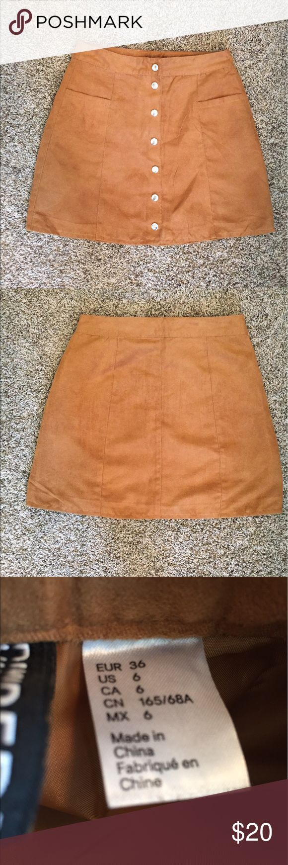 Suede button down skirt! Good condition, worn twice. I bought it from H and M and unfortunately it is too big on me. It is high-wasted! H and M Skirts Mini