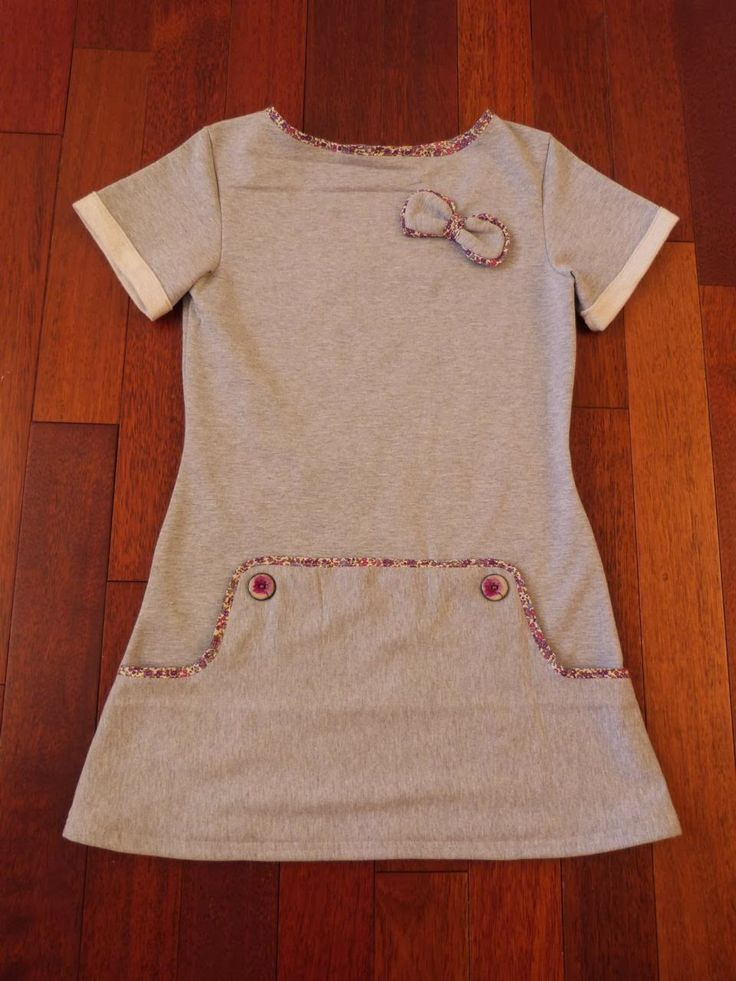 adorable dress, but the directions are in french. Tire la bobinette... : Ma p'tite robe molletonée