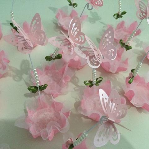 Корзины розовые бабочки бб !!  Для темы вечеринка по случаю Бабочка 2 aninhos Айседоры !!!  Предварительные заказы Whastsapp (62) 9945-9697 или ateliflor@hotmail.com или Facebook Giselda Giselda Гомеш или ateliflor