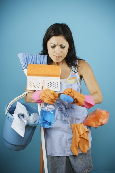 Come pulire casa in 10 minuti: guida per i casi di vera emergenza