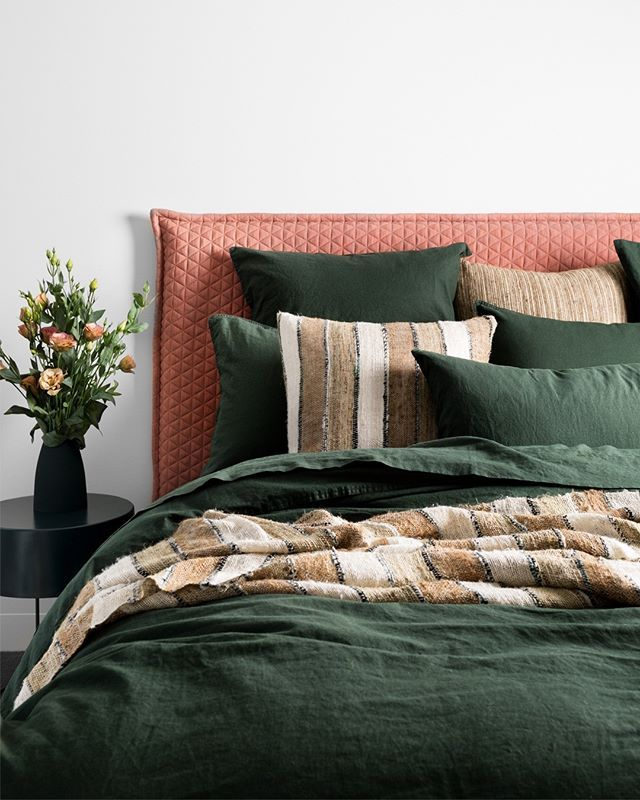 Moody Soothing And Chic The New Attic Bedlinen In Deep Forest Green Injects Colour Into The Bedroom Woven From French Linen Home Decor Styles Home Decor Home