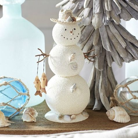 Cute beachy sand snowman! Featured here: http://www.completely-coastal.com/2015/11/sea-inspired-coastal-christmas-collections.html